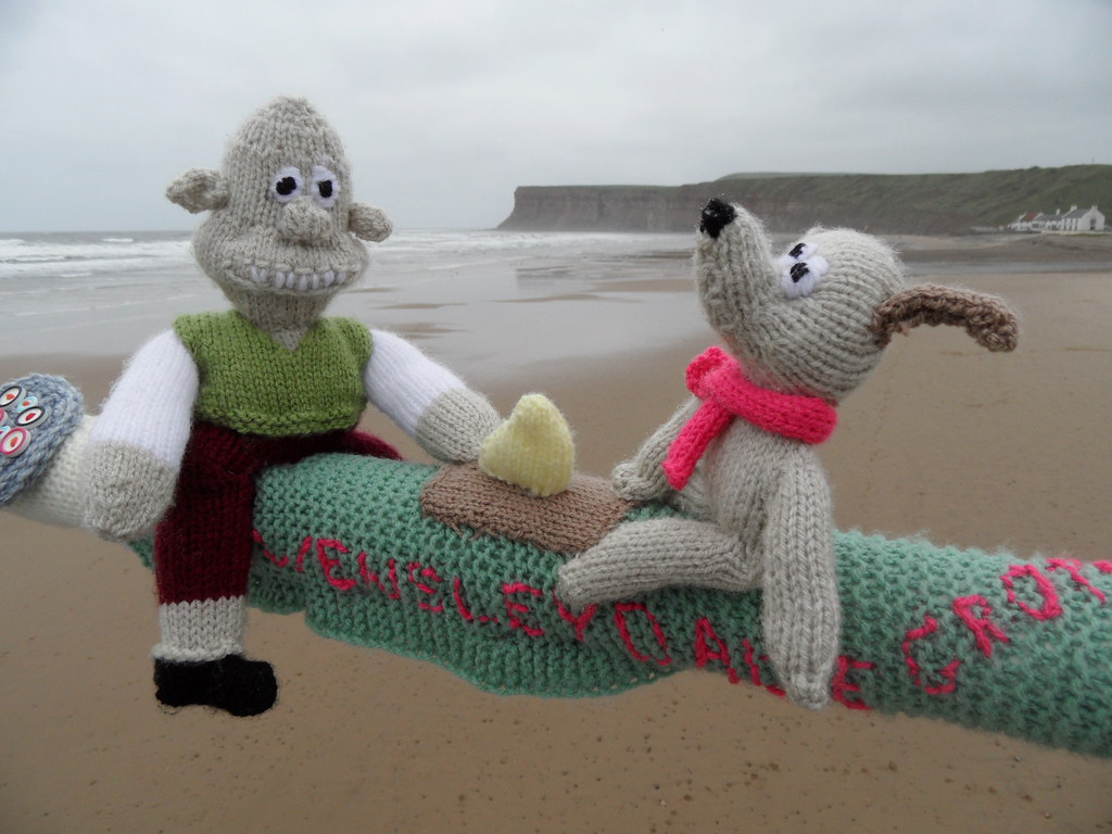 Wallace And Gromit Knitting Pattern : The Worlds Best Photos of dog and knitted - Flickr Hive Mind