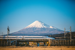 JR Central N700 Series_1 (hans-johnson) Tags: blue sky mountain japan train canon landscape eos fuji transport rail railway jr transportation transit  emu fujisan nippon  shinkansen  nihon mtfuji highspeed tokaido   jrcentral    n700 jr   vsco 5d3