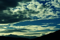 Despertar (Jeff Cruz) Tags: sky cielo despertar blue azul mountain montaas cloud nubes nature naturaleza trip