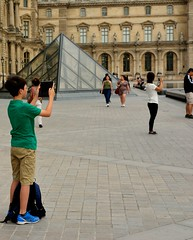 Tourists (tokyobogue) Tags: paris louvre france museedulouvre museum art gallery pyramid entrance nikon d7100 nikond7100
