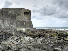 WW2 Bunker (Wilm!) Tags: bunker german war audresselles france germany atlanticwall beach invasion invasie