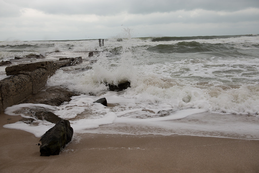 фото: Waves