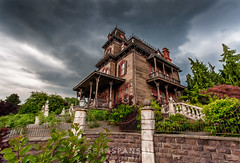Phantom Manor (Disneyland Paris) (NOLA_2T) Tags: storm paris rain photoshop nikon europe disneyland sigma disney mickey haunted land mansion phantom 1020mm manor 1020 hauntedmansion lightroom dlp d90