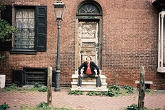 R3-067-32 (David Swift Photography Thanks for 16 million view) Tags: film philadelphia portraits 35mm olympusstylusepic doors steps lamppost shutters historichouses gaslamps historicphiladelphia kodakektar100 davidswiftphotography
