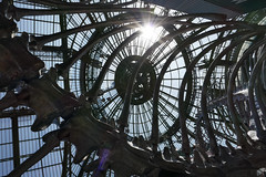 Sunflare through the Grand Palais roof - Monumenta exhibition, Paris (Monceau) Tags: sun glass skeleton exhibition ceiling flare serpent sunflare odc grandpalais monumenta