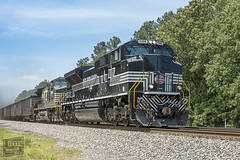 NY Central 1066 (Steven.g) Tags: nyc railroad heritage ns locomotive railfan 1066