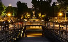 Crue de la Seine 2016 - Paris, Passerelle de Solfrino (EclairagePublic.eu) Tags: paris seine flooding eau flood lumire berge quai inondation lampadaire naturelle catastrophe crue luminaire passerelle candlabre