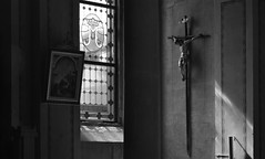 Church of St. Euphemia, Rovinj, Croatia (Nikos Niotis) Tags: saint euphemia rovinj croatia balkans istria europe interior blackandwhite bw bnw daylight light reflexion cross chirstian monument window vitraux icon walls church catholic temple roman italian croatian crucifiction