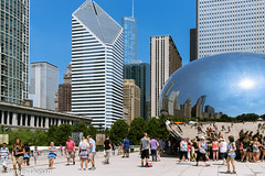 Cloud Gate (nicknamed 'The Bean'), the 110-tonne sculpture designed by Anish Kapoor (J----D----) Tags: chicago usa anishkapoor cloudgate thebean illinois unitedstates us