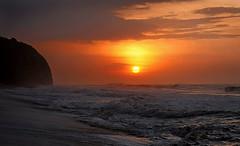 Palomino Sunset #2 (Andr Schnherr) Tags: 40d visionhunter palomino colombia beach strand sonnenuntergang sunset sky orange red yellow caribbean karibik sea meer wild