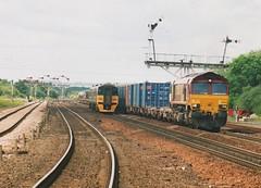 "English Welsh & Scottish Railways Class 66/0, 66084 (37190 ""Dalzell"") Tags: gm shed revised tpe generalmotors atn dmu class66 ews dieselmultipleunit class158 transpennineexpress arrivatrainsnorthern barnetby maroongold 66084 class660 englishwelshscottishrailways brelderby"