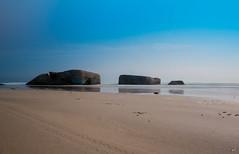 La plage de Treguennec (kobra_29000) Tags: sea mer bretagne breizh bleu ciel finistere fz200