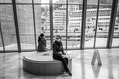 Round Seat (Miguel.Galvo) Tags: bilbao museum guggenheim frank gehry spain espaa basque country pas basco black white canon 40d pancake lens 24mm stm 28 nervion girl 2016 roadtrip trip viagem galvo miguel suzi silva city modern art interior