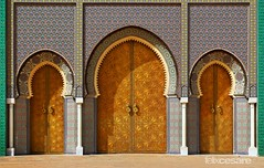 Royal Palace Doors, Fez Morocco (Photographing_The_World) Tags: morocco moroccandesign architecture arabic arabicdesign arabicculture colors colorful colours colorsofmorocco arabicdoor arabicdoors colorfuldoors entrance arabicstyle marrakech marrakesh fez fes rabat agadir essaouira tangier chefchaouen asilah meknes royalpalacedoor royalpalace royalpalacefez royalpalacefes