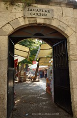 Sahaflar Carsisi (izxxd) Tags: road stone turkey market books istanbul cobblestone doorway sal1680cz sonyalphadslta77v