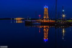 The old lighthouse (Anneke Jager) Tags: nightphotography blue lighthouse holland water architecture night canon boats boot boat blauw waterfront outdoor nederland boten bluehour ijsselmeer architectuur watersport blauweuurtje annekejager