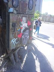 Enamorada (D11 Urbano) Tags: boy art girl poster stencil arte venezuela nios caracas urbano venezolano arteurbano d11 streetartvenezuela artvenezuela d11streetart arteurbanovenezuela d11art d11urbano