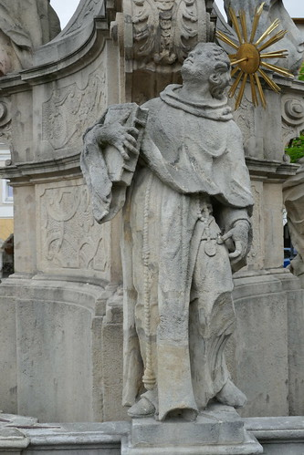 Figura św. Antoniego Padewskiego (1739-42, Klahr Starszy) na pomniku Trójcy Świętej w Lądku Zdroju