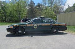 Vermont State Police (LeafsHockeyFan) Tags: trooper ford vermont police policecar crownvictoria statepolice