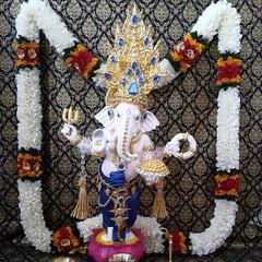 โอม ศรี คเณศายะ นะมะหะ  ร้านกังกิเทน คเณศ (Kangi-Ten Ganesha)  เปิดให้บริการ วันพฤหัสฯ - วันอาทิตย์ เวลา 18:00 - 24:00 น. ตลาดรถไฟศรีนครินทร์ หลังซีคอน โซนตลาดนัด ล๊อค D22  สนใจบูชาติดต่อ : 1. Hot LINE : 0909-878-979 2. LINE : http://line.me/ti/p/OlOvSuRe