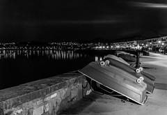 Paseo nocturno por Hondarribia (Andrs Guerrero) Tags: blackandwhite blancoynegro night boats noche boat blackwhite barca barcas euskadi basquecountry guipzcoa gipuzkoa pasvasco hondarribia fuenterraba