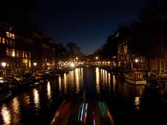 Luzes de Amsterd (Gijlmar) Tags: holland netherlands amsterdam night europa europe nederland noite holanda nuit notte hollande avrupa amsterdo hollanda pasesbajos  amsterd nederlnderna pasesbaixos     nizozemsko
