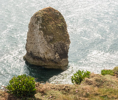 Freshwater Bay (Andy Latt) Tags: sea rock bay coast sony stack shore isleofwight freshwater freshwaterbay andylatt rx100m3 dsc01410r