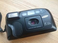 Samsung AF slim DUAL compact 35mm film camera 28mm-48mm lens (1) (nefotografas) Tags: camera film 35mm samsung compact cameraporn afslimdual