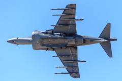 USMC McDonnell Douglas AV-8B Harrier II Tactical Demonstration (Norman Graf) Tags: usmc plane airplane aircraft airshow marines stol jumpjet vtol mcdonnelldouglas unitedstatesmarinecorps av8b davismonthanafb tomcats vstol marineaviation harrierii mcasyuma mag13 3rdmarineaircraftwing 3rdmaw vma311 164142 marinecorpsairstationyuma marineattacksquadron311 marineaircraftgroup13 wl22 2016thunderlightningoverarizona