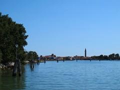 Au fil des canaux... Burano (Yvette Gauthier) Tags: canal venise venezia italie burano