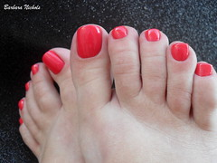 Colorama - Atrevida (Barbara Nichols (Babi)) Tags: atrevida colorama ps feet