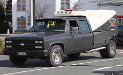 Dually from hell (The Rubberbandman) Tags: road blue school red usa black chevrolet up car monster america germany us big flat offroad pickup tags chevy bumper german american vehicle pick silverado meet matte 2500 3500 dually bramsche hinzufgen