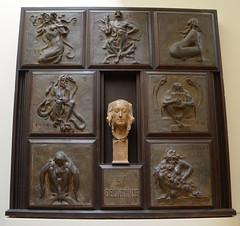 La Délivrance, rétable allégorique, 1905-11 - Pierre Roche - La Piscine (Monceau) Tags: metal work relief lapiscine roubaix pierreroche allégorique délivrance rétable alligorical