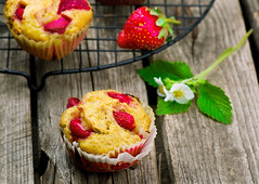 muffins with bran and strawberry (Zoryanchik) Tags: wood food fruits fruit breakfast table muffins healthy strawberry berries rustic strawberries lifestyle fresh delicious health organic muffin fiber vitamins freshness bran nutrition nutritious antioxidant