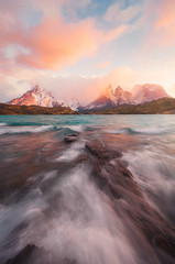 Lago Peho (terenceleezy) Tags: chile patagonia southamerica argentina fitzroy torresdelpaine parquenacionaltorresdelpaine cuernosdelpaine miradortorres