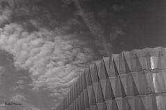 Centre de donnes Ericsson... le nuage informatique. (Argentique) / The cloud is... Ericsson data center (Film) (Pentax_clic) Tags: bw cloud tlr robert film juin quebec kodak tmax nb d76 warren nuage argentique tmy 2016 ciroflex vaudreuil