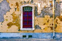 El paso del tiempo (Por ESTEBAN ALEJANDRO) Tags: street window wall pared time antique cordoba antiguo tiempo