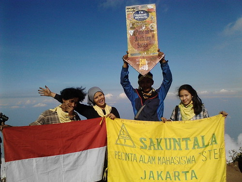 "Pengembaraan Sakuntala ank 26 Merbabu & Merapi 2014 • <a style=""font-size:0.8em;"" href=""http://www.flickr.com/photos/24767572@N00/27067654842/"" target=""_blank"">View on Flickr</a>"