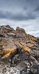 Lindisfarne - On the Rocks (Andrew Hounslea) Tags: england castle rock stone island nikon rocks unitedkingdom stones g united kingdom holy northumberland d750 nikkor holyisland lindisfarne vr 1635 lindisfarnecastle holyislandoflindisfarne afsnikkor1635mmf4gedvr 1635vr