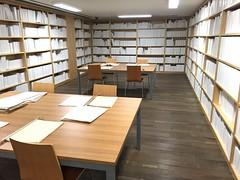 the white library by wilfredo prieto (idontkaren) Tags: white museum reading library room mona books installation wilfredoprieto museumofoldandnewart thewhitelibrary