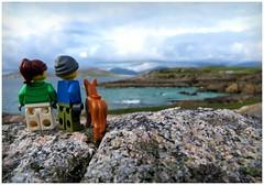 Turning Tide (Macsen Wledig) Tags: lego legodan legodot legosuzie westernisles walking outerhebrides isleofharris scotland summer sea tide alba geodamhartainn traighiar rubharomagraich soundoftaransay caolastharasaigh taransay tarasaigh