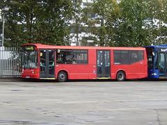First Berkshire 41403 - RG51 FWZ (Berkshire Bus Pics) Tags: first berkshire 41403 rg51fwz dennis dart marshall capital slough