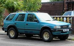 NIJ 280 (Nivek.Old.Gold) Tags: 1993 vauxhall frontera lwb 23d turbo intercooler