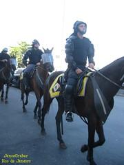Cavalaria (Janos Graber) Tags: riodejaneiro copacabana cavalos pm polcia polciamilitar cavalaria pmerj