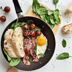 Bacon for brunch @thebaconparty #FarmerJohnLA (farmerjohnla) Tags: breakfast bacon foodies brunch bae baconandeggs farmerjohn lafoodies thebaconparty farmerjohnla