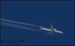 N17002 Boeing 787-X c/n 40930 United Airlines 03/02/2019 (Ken Lipscombe <> Photography) Tags: n17002 boeing 787x cn 40930 united airlines 03022019 trails hi flying contrails