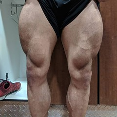 Slowwwwly. Hoping the next time I'm ready to get onto a stage these twigs are my strong point again, but a little more well rounded. Hamstrings and teardrops gotta grow! (swoletron) Tags: instagram bodybuilding powerlifting lifting fitness gym fit nutrition health beastmode doyouevenlift