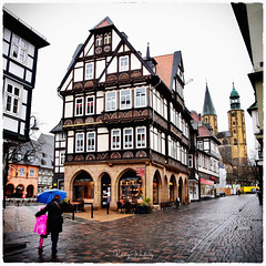 Immer noch Regen... (r.wacknitz) Tags: goslar harz fachwerk halftimbered worldheritage rainy altstadt weltkulturerbe mittelalter historic nikond3400 tamron18200
