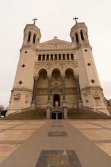 Basilique Notre Dame de Fourvière (faoch) Tags: lyon france church door gate street