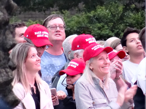trump_ego_rally_houston_102218_053